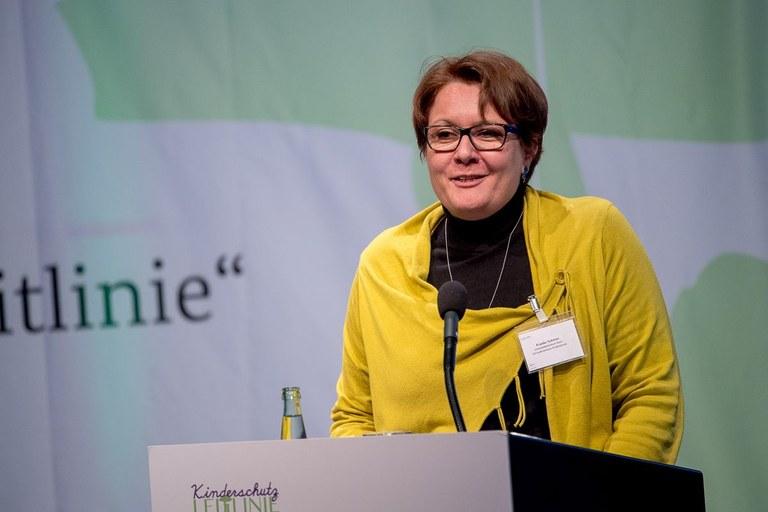 Frauke_2019_fachtag_kinderschutzleitlinie.jpg